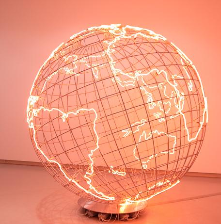 広島と熱 『モナ・ハトゥム展』 広島市現代美術館にて